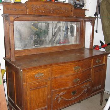 Early 1900 victorian oak sideboard - Furniture