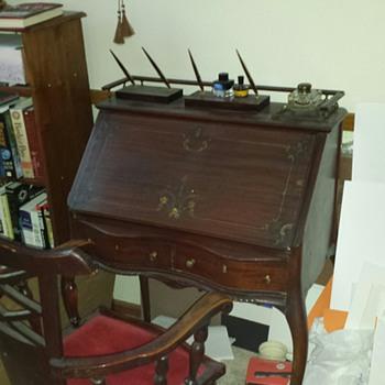 Queen Anne Desk - Furniture
