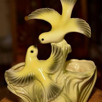 1959 Maddux of California Bird Planter - Pottery
