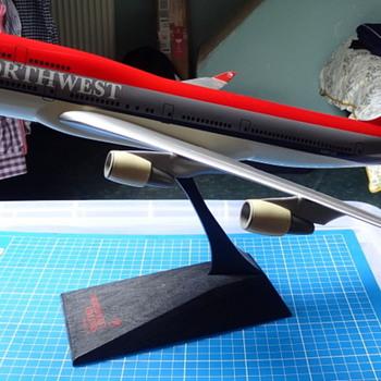 Northwest Boeing 747-400 plastic model (push-fit) - Advertising