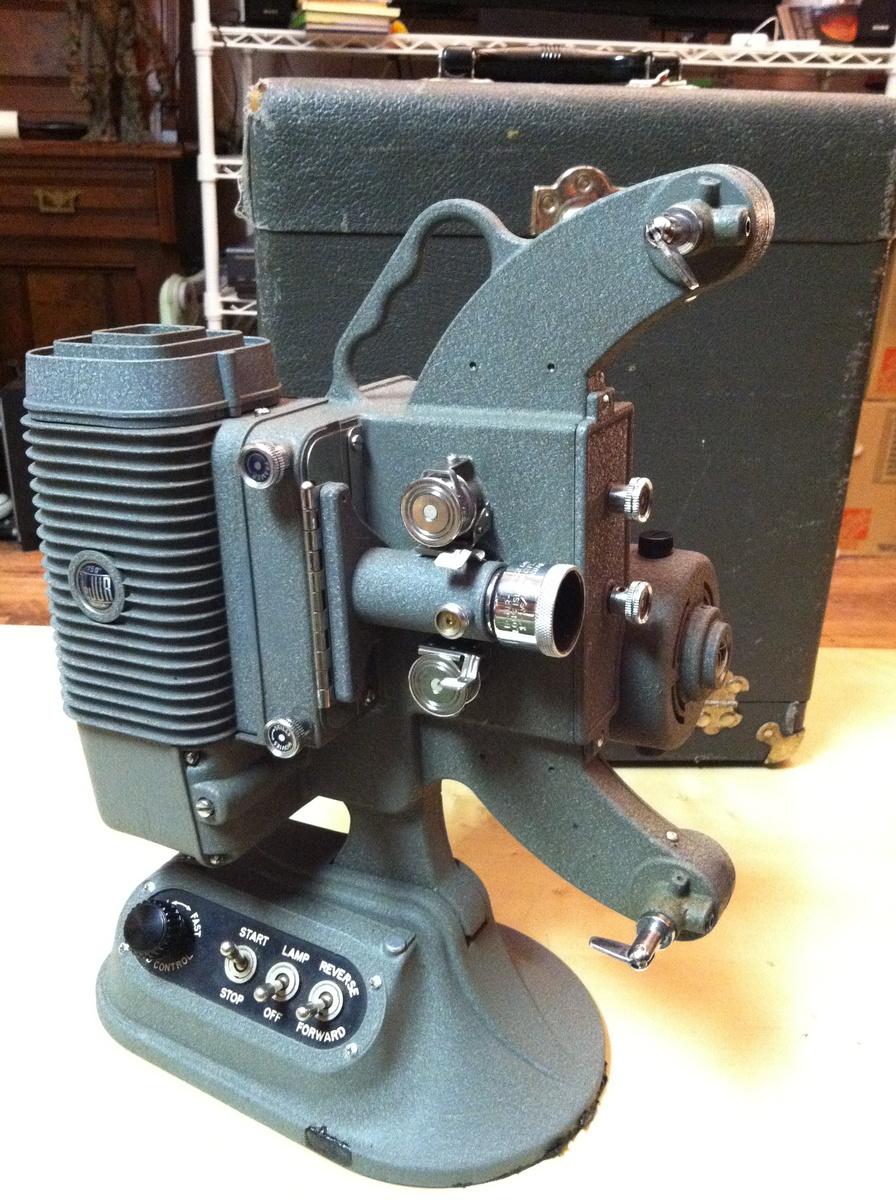 Dejur 750 (c 1956) 8mm Projector   Collectors Weekly