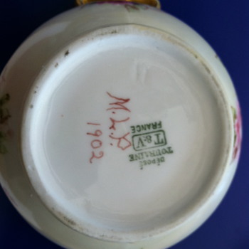 G'mas Tea set - China and Dinnerware