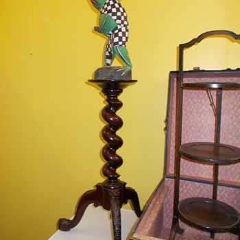 3 tiered wooden stand........... - Furniture