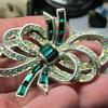 jewelry brooch help