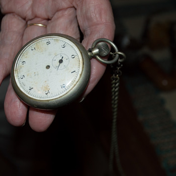 What is this strange pocket-watchlike object? - Pocket Watches