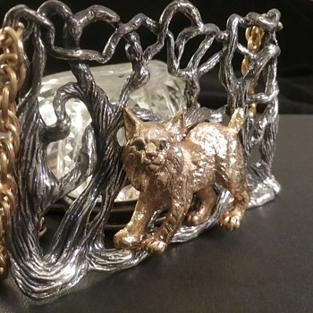 Napier Bertolli lynx in forest pendant  - Costume Jewelry