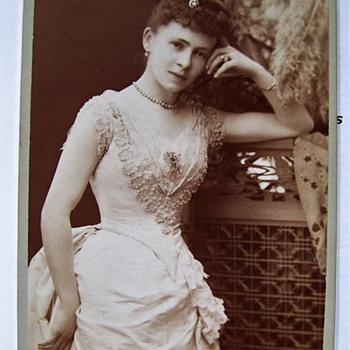 Lady Julia  Seymour King  ( Julia Jenkins) Kensington London Mayoress. H.S. Mendelsohn photo. - Photographs