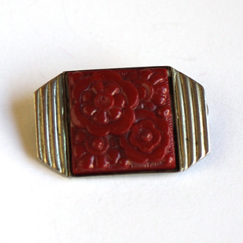 Small art deco flower brooch