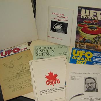 UFO Magazines - Paper