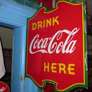 1939 Coca Cola Canadian Flange - Coca-Cola