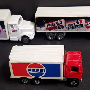 Matchbox Monday Trucks  - Model Cars