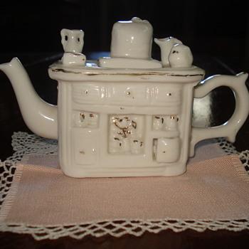 Miniature Wood Stove Porcelain Teapot - Toys