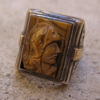 Bill Lan?e Jr. tigereye trojan cameo silver ring - Fine Jewelry