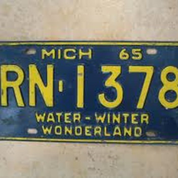 Vintage Michigan liscense plates..... - Signs