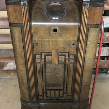 Old floor radio cabinet. - Radios