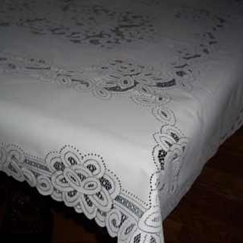 WHITE BATTENBURG LACE TABLECLOTH TABLE ACCENT DECOR RECTANGLE 52 Inches By  70 Inches