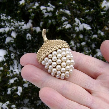 Trifari Acorn - Costume Jewelry