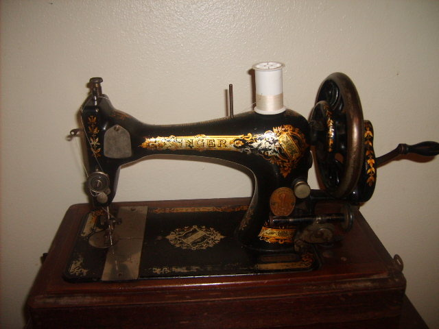 40 Singer Sewing Machine Collectors Weekly Mesmerizing Value Of Singer Sewing Machines