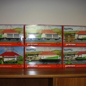 Marklin HO train boxed sets. - Model Trains