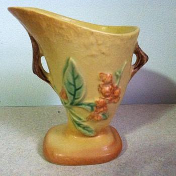 Roseville Bittersweet - Pottery