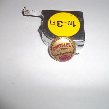 1939 CHRYSLER MOTORS PIN