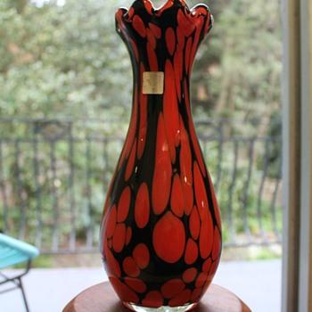 Dolphin Japan vase - Art Glass