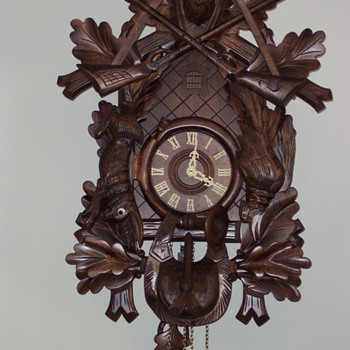 One large cuckoo   off/on chime - Clocks