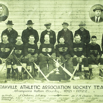 "Oakville Hockey teams ""Original photo 1921-1922"" - Photographs"