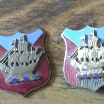 Pins......need help identification  - Military and Wartime