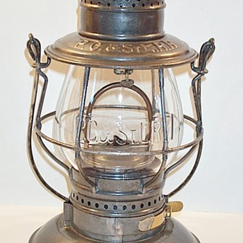 "Pittsburgh, Cincinnati & St. Louis ""PANHANDLE"" Railroad Lantern - Railroadiana"