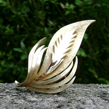 Vintage Trifari Leaf or Feather Brooch - Costume Jewelry