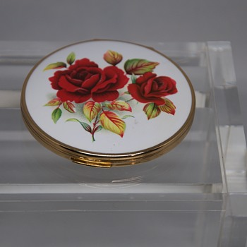 Vintage Stratton England Red Roses Enamel Compact Make Up Mirror