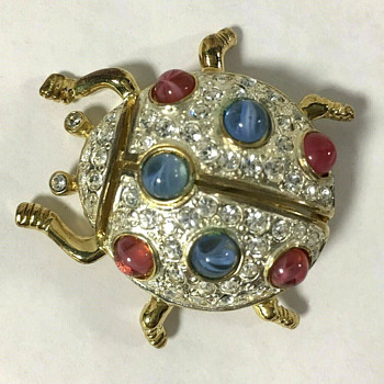 Assorted M. V. Vellano costume jewelry brooches - Costume Jewelry