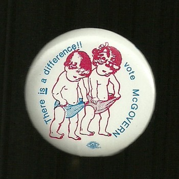 Uncommon 1972 McGovern pinback button