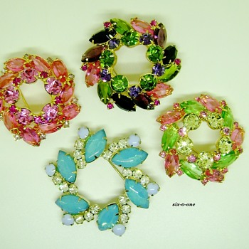 D & E Brooches - Costume Jewelry