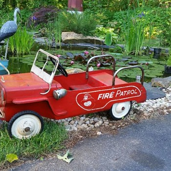 Neat little jeep fire patrol  - Toys