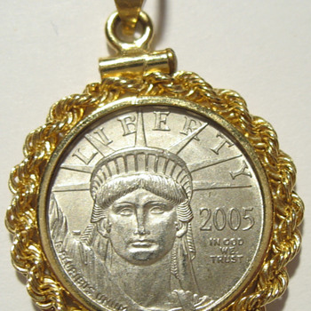 2005 $10 Eagle Platinum Liberty Coin in Bezel - Gold
