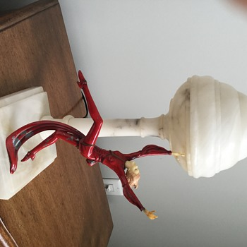 A favorite Art Deco Figural Lamp - Art Deco