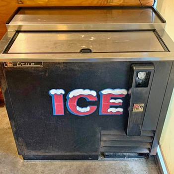 True commercial fridge  60s - Advertising