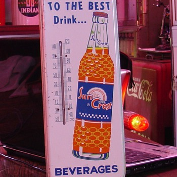 Switch To The Best Drink...Sun Crest...Beverages - Advertising