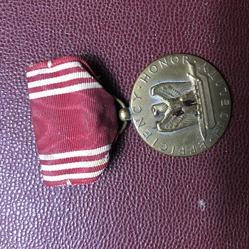 War medals - Military and Wartime