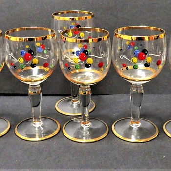 Pretty Vintage Sherry / Liqueur Glasses with gold rims and Bubble Print - Glassware