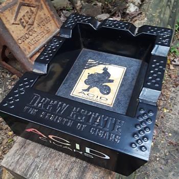 large ACID CIGARS ashtray - Advertising