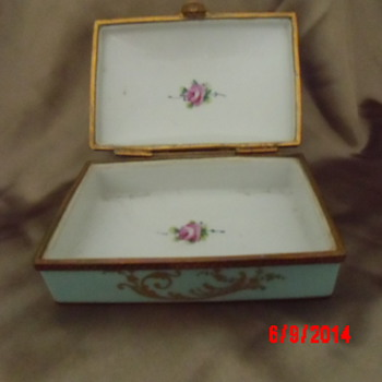 Limogues box - China and Dinnerware