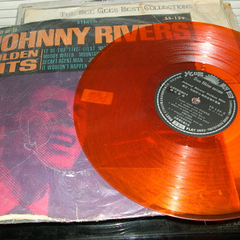 IMPORT COLORED RECORD ALBUMS JOHNNY RIVER PET CLARK MAMAS & PAPAS - Records