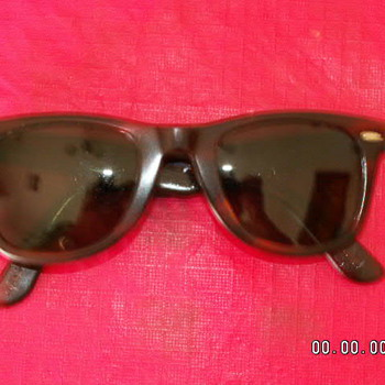 Vintage Ray Ban Wayfarer Sunglasses #1 - Accessories
