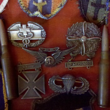 Militaria wwi and wwii - Military and Wartime