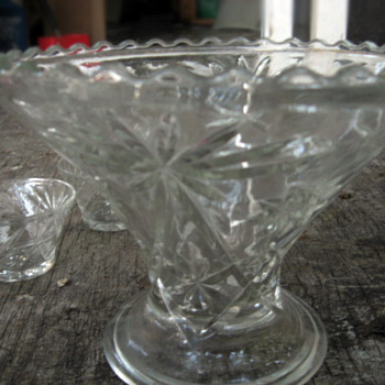 Antique 10 pc Glass Bowl and Mugs Set - Glassware