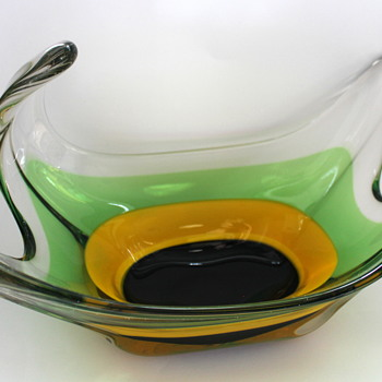 My new fruit bowl from FTG - Art Glass