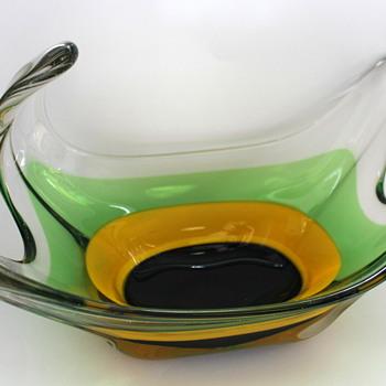 My new fruit bowl from FTG - Art Glass